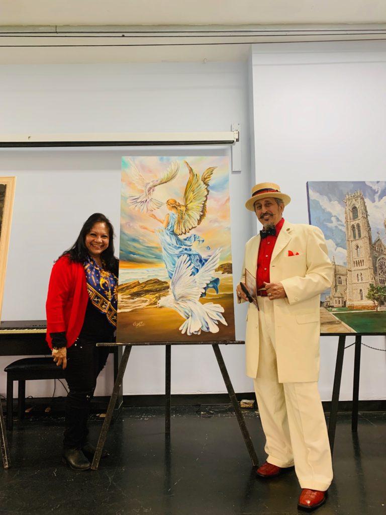foto Con mi obra y el Maestro Amado Mora