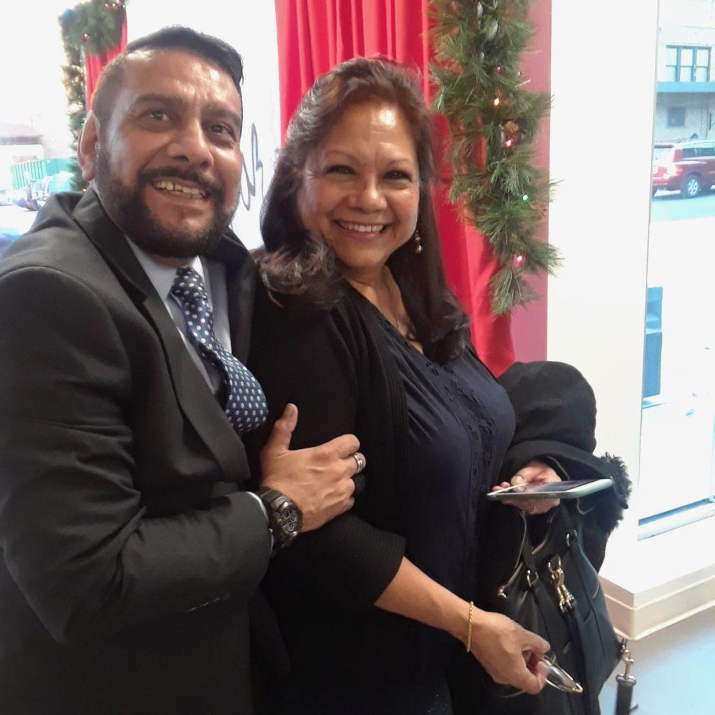fot con Walter Castañeda - Viceconsul de el Consulado de El Salvador en NJ.