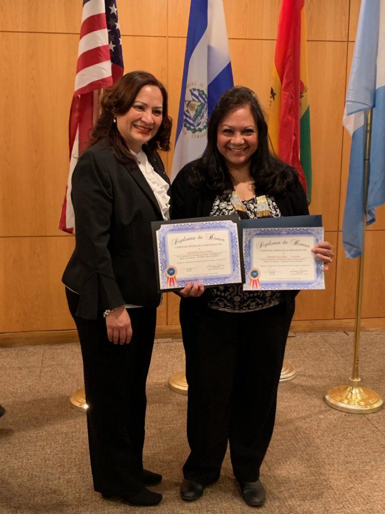foto con los certificados